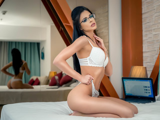 Webcam model RebekaBell from Web Night Cam