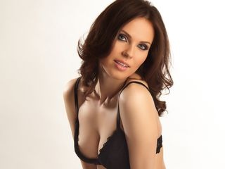 Webcam model JuliaDevis from Web Night Cam