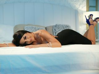 Webcam model PetiteMelissa from Web Night Cam