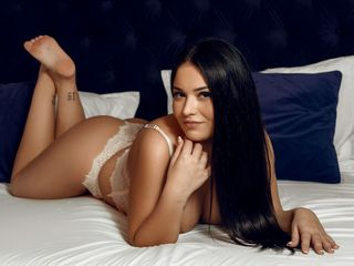 Webcam model SerenaJoyce from Web Night Cam