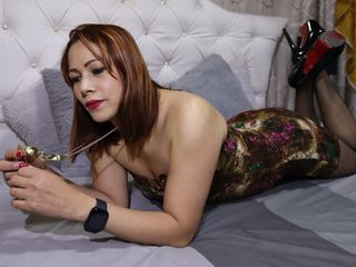 AnnaBello how to squirt lj cam
