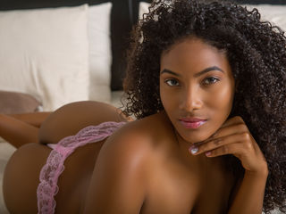 Webcam model GiselleLawrence from Web Night Cam