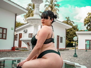 Live Webcam Show with IsaBennet
