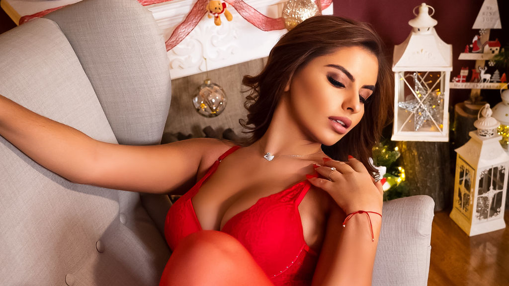Watch the sexy SoniaRaven from LiveJasmin at GirlsOfJasmin