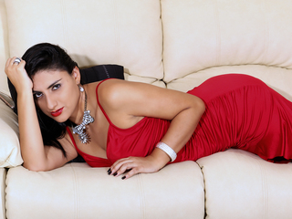 TamaraSwonder - hot and sexy Latin mail-order bride