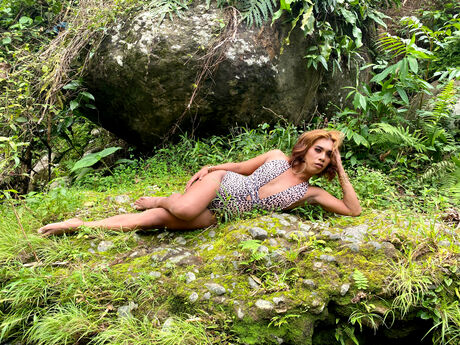 Chat with VeronicaVeron