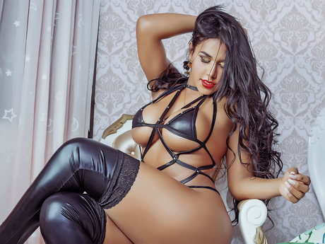 Chat with TalianaEscobar
