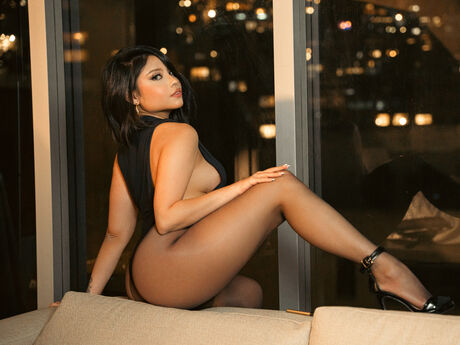 Chat with RebecaVillalobos