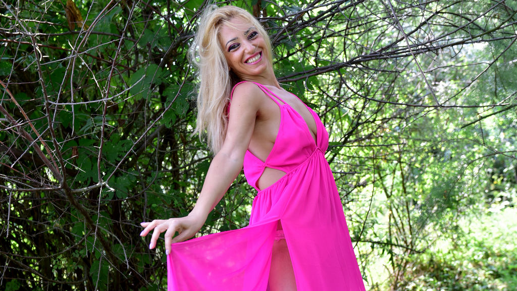 AngellaDrew LiveJasmin Webcam Model