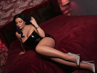 Webcam model OneGreatDiva from LivePrivates