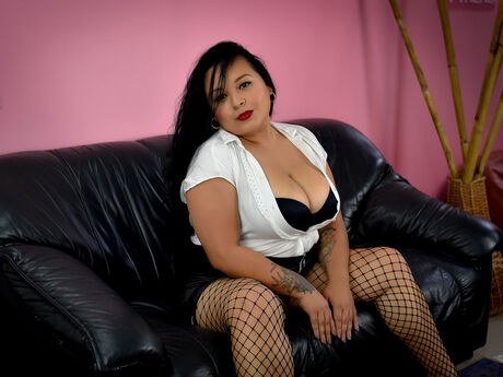 Chat with LaiaCortez