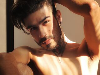 Hot picture of alejosexylatin