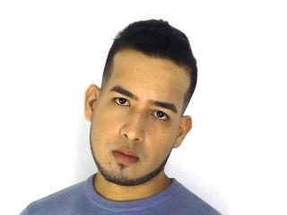 AaronReyes cam model profile picture
