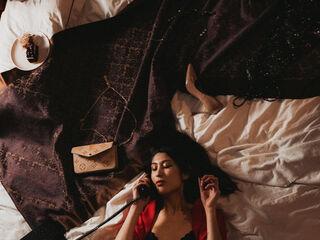 Sexy profile pic of YukoTui