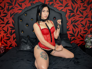 Webcam model LunaRuiz from Web Night Cam