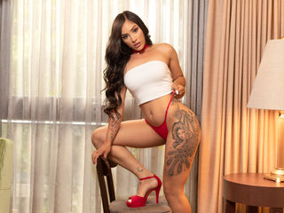 Webcam model DanielaAlvarado from Web Night Cam