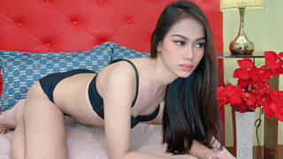 AshelyDevine webcam show