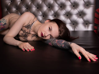 Webcam model BeatrixBlake from Web Night Cam