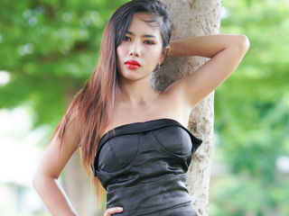 I Have Black Hair! A Cam Delectable Bimbo Is What I Am, 29 Is My Age! My Name Is DaisyChanachai