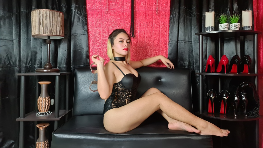 Watch the sexy AlessandraRoss from LiveJasmin at GirlsOfJasmin