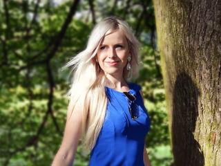 Sexy profile pic of SallySparkle