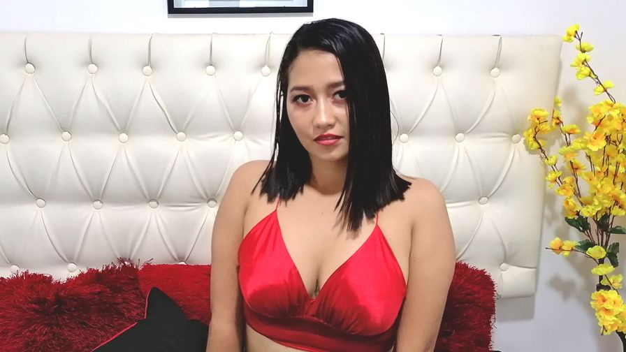 Chat with NathalyaRoss