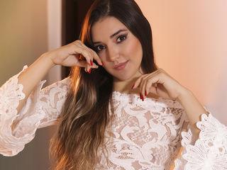 AnneDella