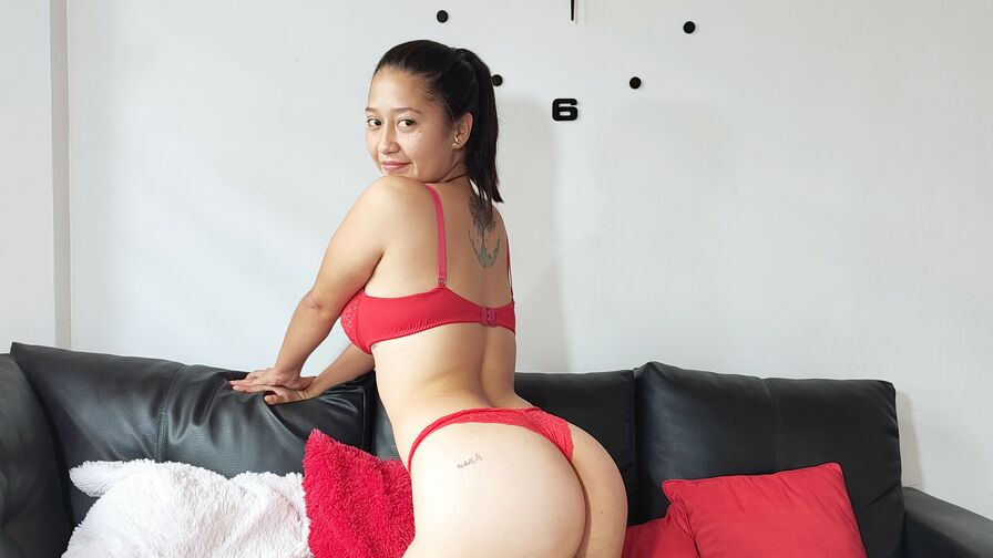 Chat with TatianaMiller