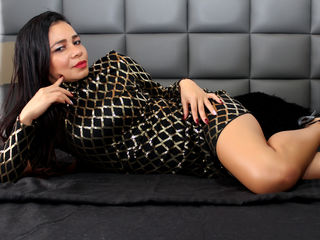 Webcam model PamelaMiranda from Web Night Cam
