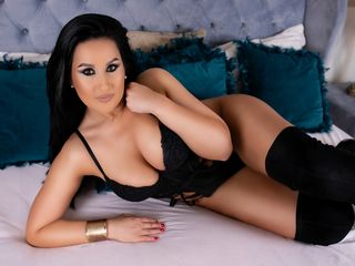 Webcam model VictoriaFaye from Web Night Cam