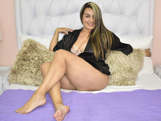 Webcam model ValentinaWills from Web Night Cam