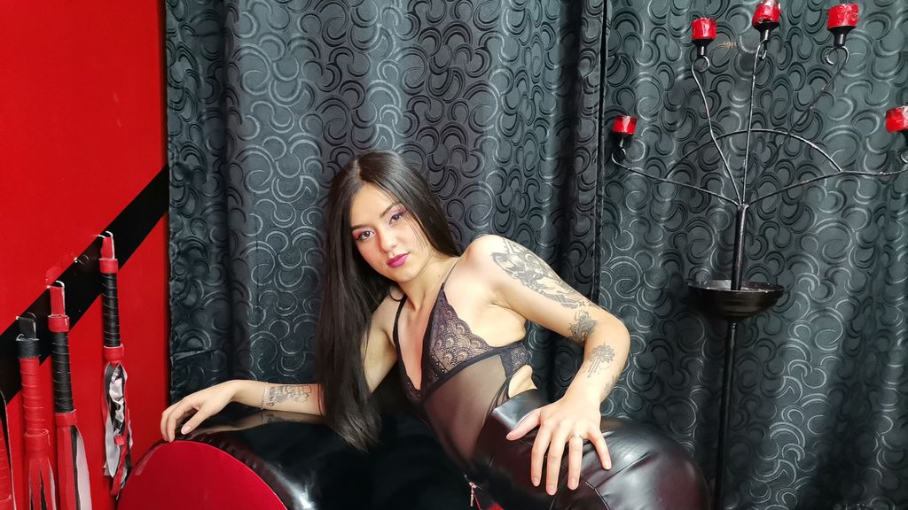 Watch the sexy IsabellaColen from LiveJasmin at GirlsOfJasmin