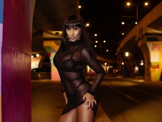 KaylaHart cam - mature lady, big tits - english, french, italian