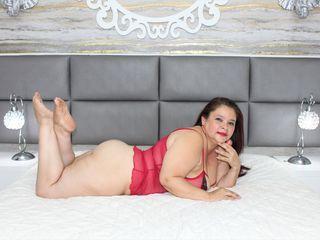 Hot picture of DeboraVillin