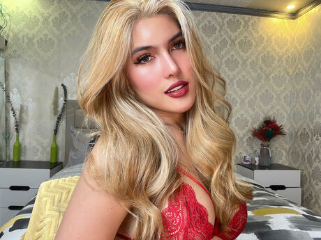 Chat with SofiaLetaban