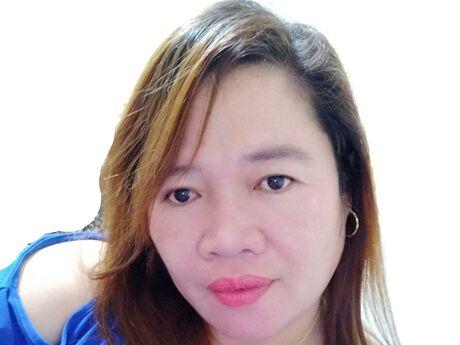 Chat with MarisPage