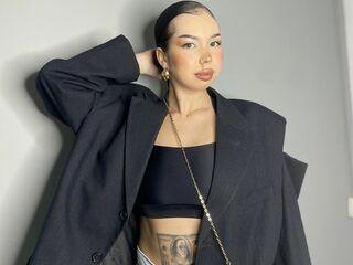 AdrianaBerti cam model profile picture